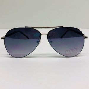 🎉 GUESS Mirrored Aviator Sunglasses 🎉